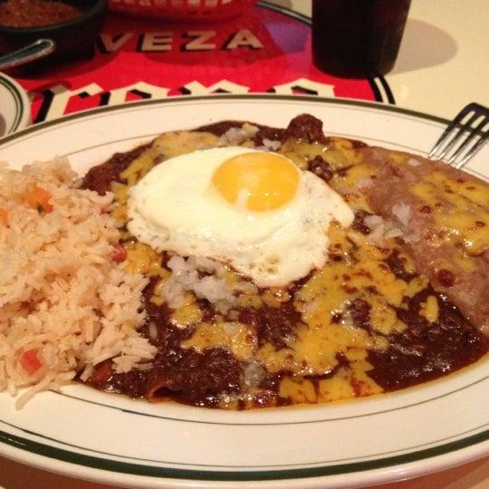 Снимок сделан в El Real Tex-Mex Cafe пользователем MoiseKapenda B. 11/19/2012
