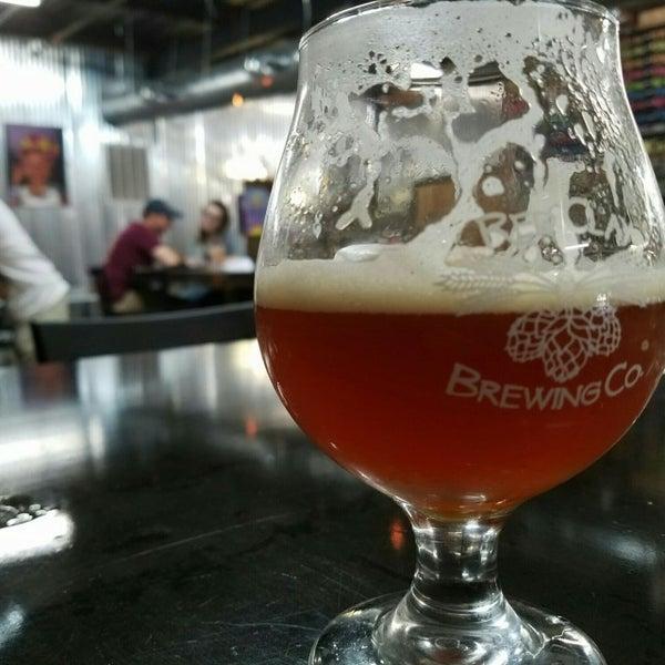 Foto tomada en Red Clay Brewing Company por Brad B. el 10/8/2016