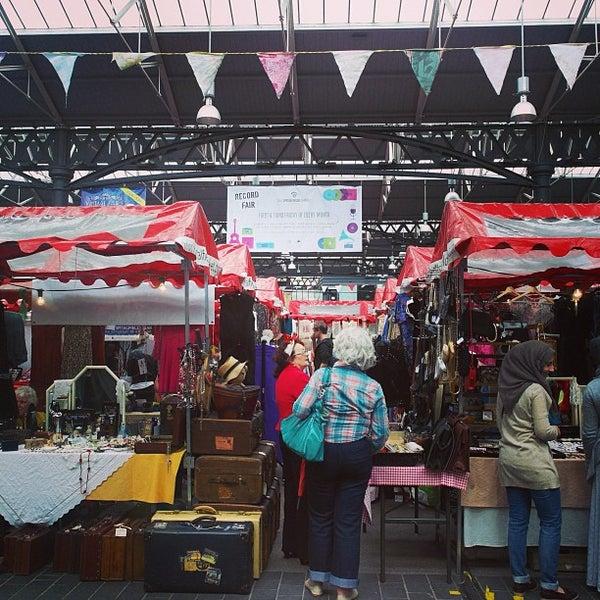 Foto tomada en Old Spitalfields Market por Jeremy J. el 6/22/2013
