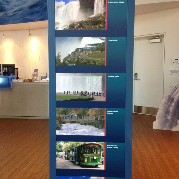 6/8/2013 tarihinde Mike S.ziyaretçi tarafından Niagara Falls USA Official Visitor Center'de çekilen fotoğraf