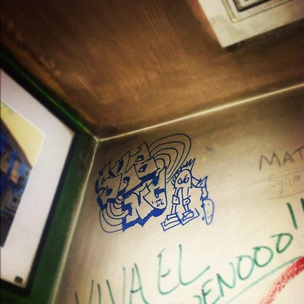 Снимок сделан в Dos Taquitos пользователем Mason B. 11/30/2011