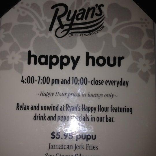 Foto scattata a Ryan's Grill da Renata T. il 3/10/2012