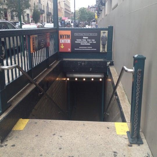 10/4/2012 tarihinde aмanda~ziyaretçi tarafından New York Transit Museum'de çekilen fotoğraf
