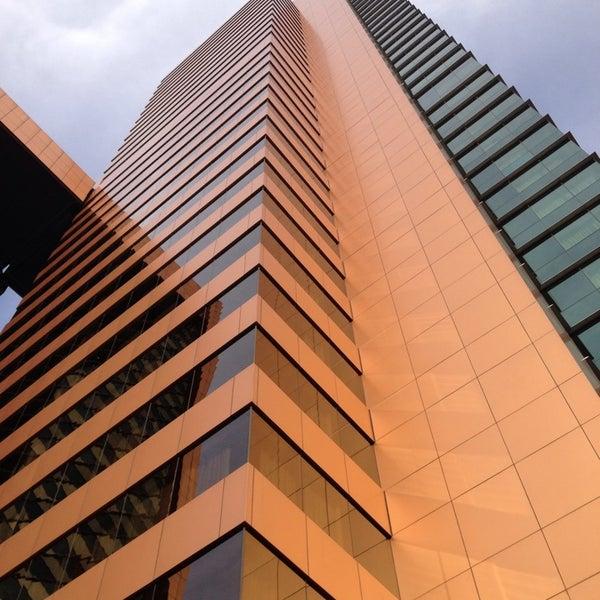 รูปภาพถ่ายที่ Courtyard by Marriott Santiago Las Condes โดย Sebastián M. เมื่อ 7/2/2013