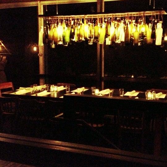 Foto tirada no(a) Bankers Hill Bar & Restaurant por Maylanni C. em 12/15/2012