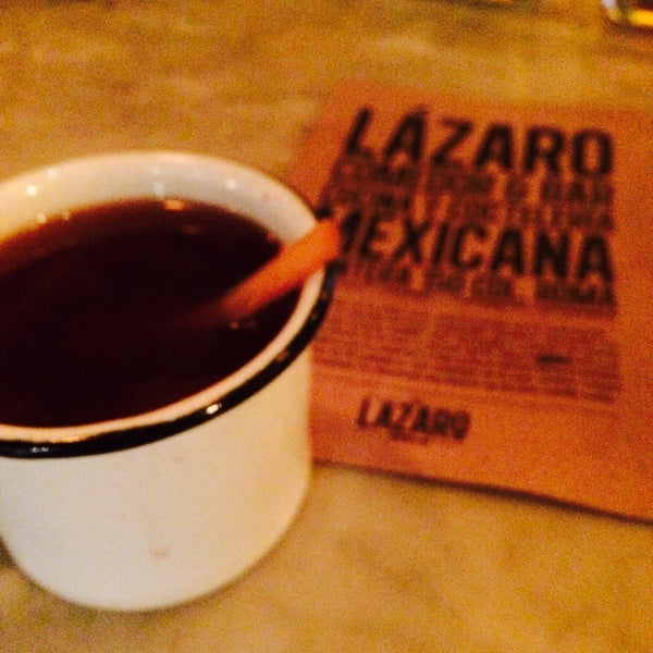 Das Foto wurde bei Lázaro Comedor & Bar von Nallely G. am 11/12/2016 aufgenommen