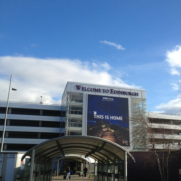 Photo prise au Edinburgh Airport (EDI) par Elena G. le3/3/2013