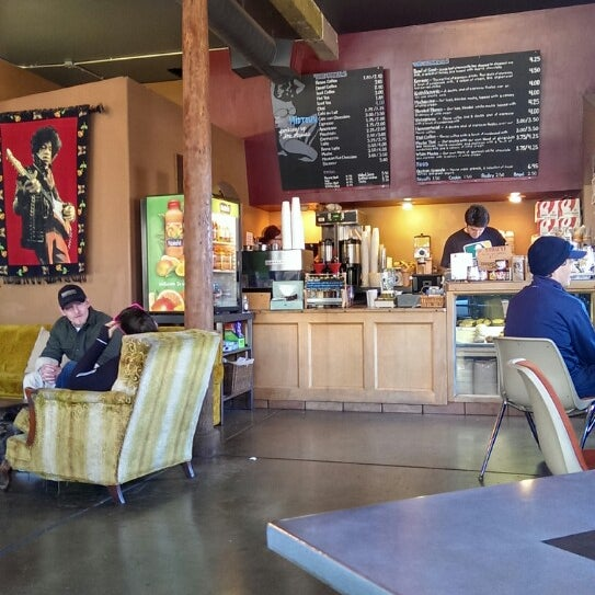 The naked lounge coffee house
