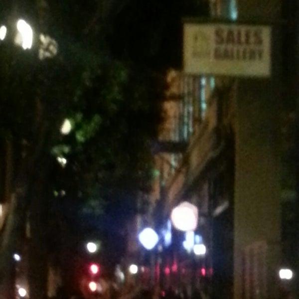 6/1/2013에 V님이 Salvage Bar & Lounge에서 찍은 사진