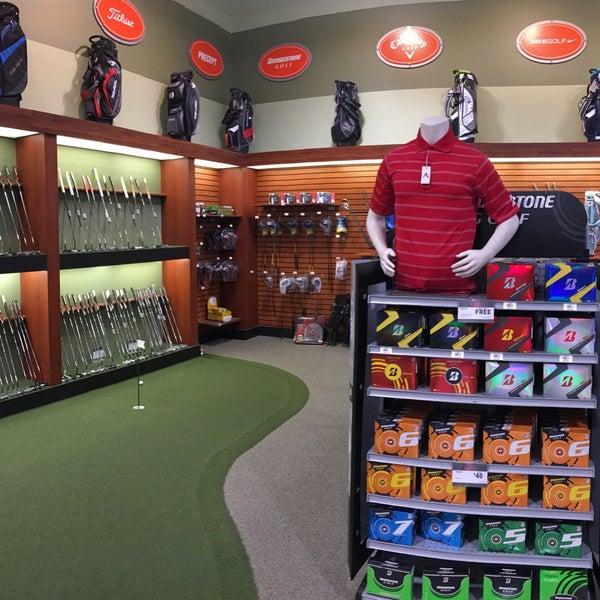 Dick's sporting goods store in pasadena, ca
