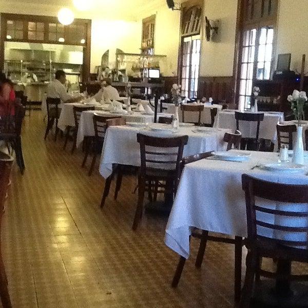 รูปภาพถ่ายที่ Restaurante Don Toribio โดย Coppelia S. เมื่อ 3/19/2013