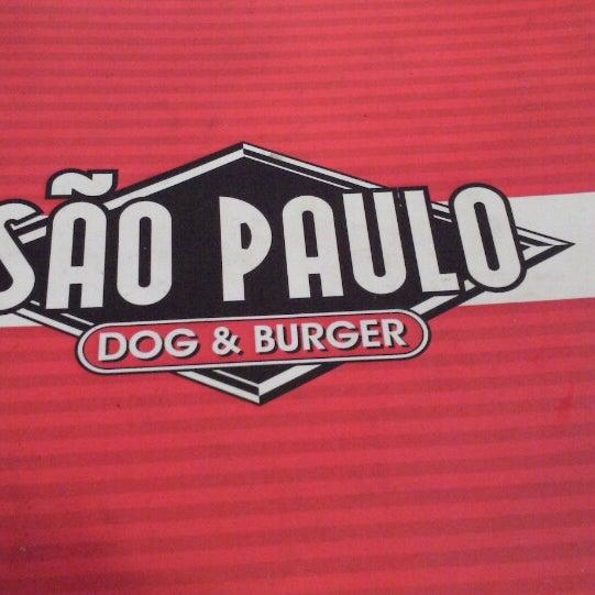 Снимок сделан в São Paulo Dog & Burger пользователем Renan V. 2/27/2013