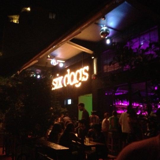 10/6/2012에 Eirhanna K.님이 six d.o.g.s에서 찍은 사진