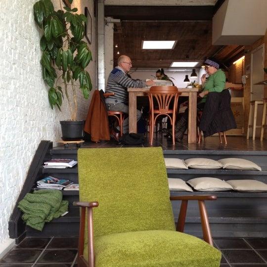 Foto tirada no(a) Viggo's Specialty Coffee por Danny C. em 11/3/2012
