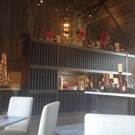 รูปภาพถ่ายที่ Ram's Gate Winery โดย Camillo M. เมื่อ 12/2/2012