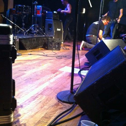 Photo prise au Bottom Lounge par Eduardo M. le10/6/2012