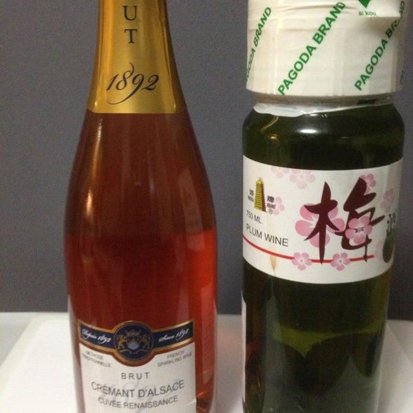 Foto diambil di Ambassador Wines & Spirits oleh Johan S. pada 2/8/2013