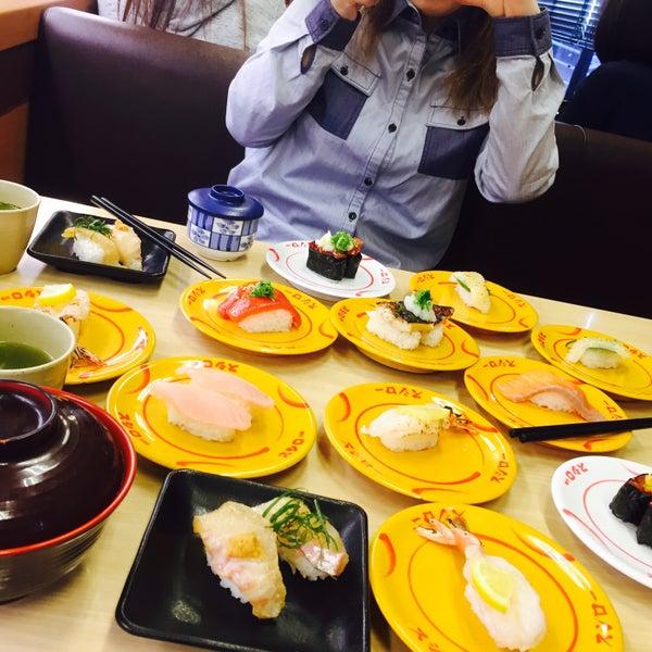รูปภาพถ่ายที่ スシロー 瀬田店 โดย R เมื่อ 4/5/2016