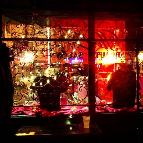 Foto scattata a Beauty Bar da Barry S. il 4/12/2013