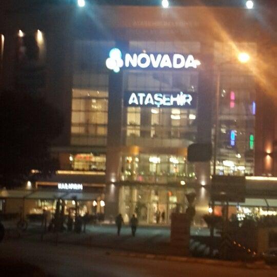 Foto tomada en Novada Ataşehir por Vedat B. el 10/12/2013