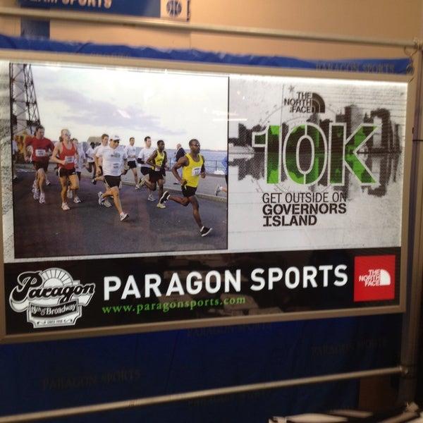 6/21/2013에 Ray F.님이 Paragon Sports에서 찍은 사진