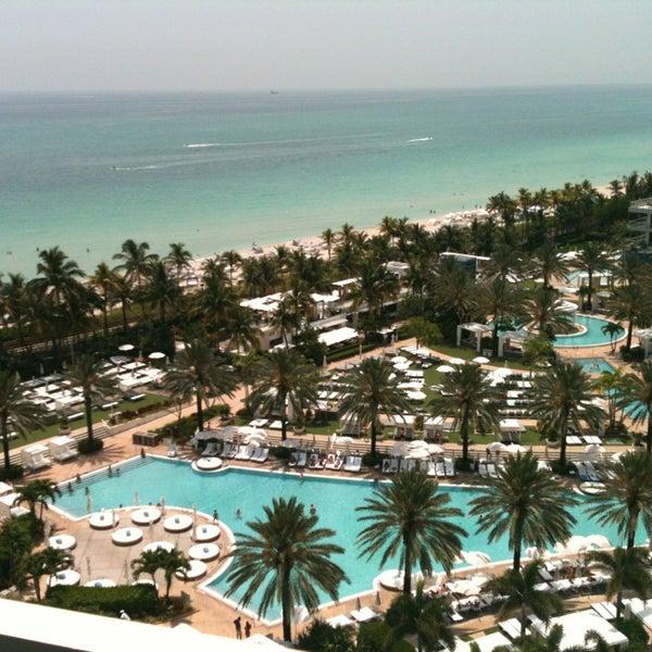 Photo prise au Fontainebleau Miami Beach par Michael L. le5/13/2013