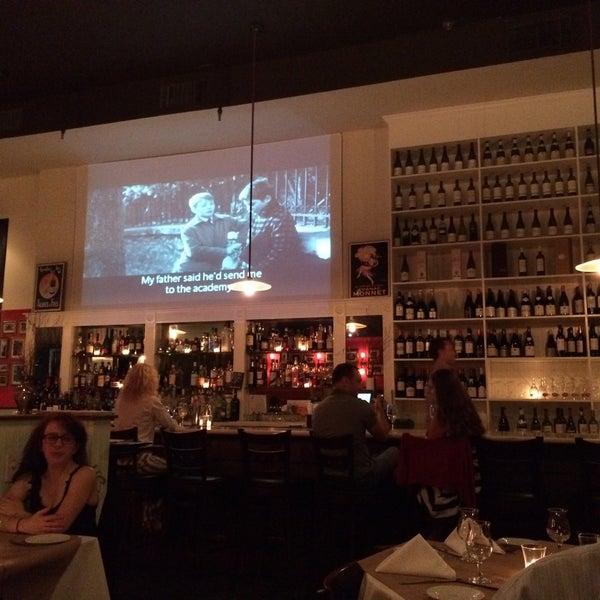 Снимок сделан в Le Midi Bar & Restaurant пользователем SuBarNYC 7/11/2015