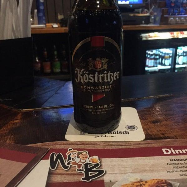 Photo prise au Wurst Und Bier par Vaughan S. le11/13/2017