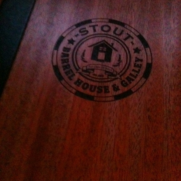 Foto diambil di Stout Barrel House and Galley oleh adria n. pada 3/4/2013