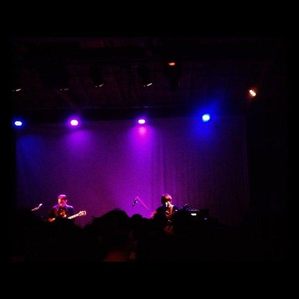 10/31/2012にMark W.がBootleg Bar & Theaterで撮った写真