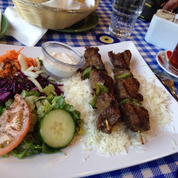 5/14/2017에 Adela F.님이 Anatolia Restaurant에서 찍은 사진