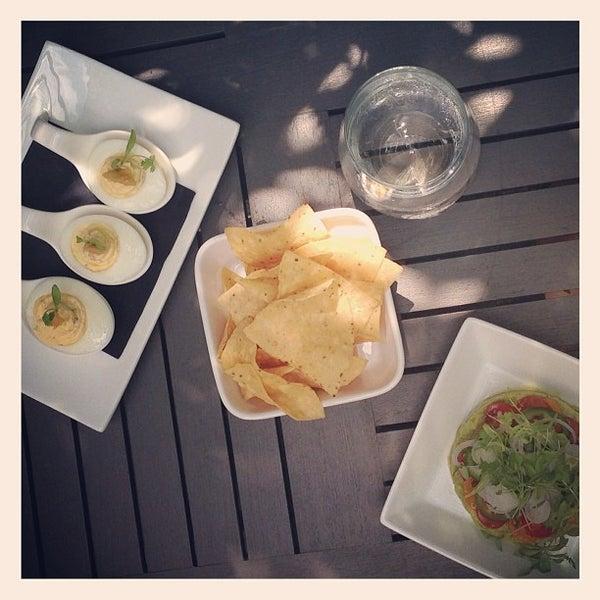 Foto tirada no(a) Freestyle Food + Drink por Jai M. em 7/17/2013