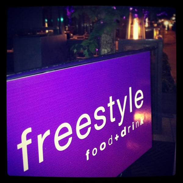 Foto tirada no(a) Freestyle Food + Drink por Jai M. em 7/3/2013