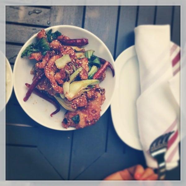Das Foto wurde bei Freestyle Food + Drink von Jai M. am 7/15/2013 aufgenommen