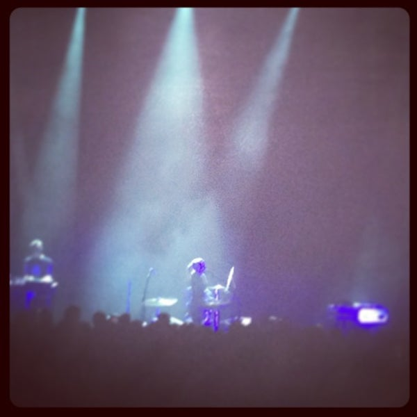 Foto diambil di The Fillmore Miami Beach at The Jackie Gleason Theater oleh Dora S. pada 2/6/2013