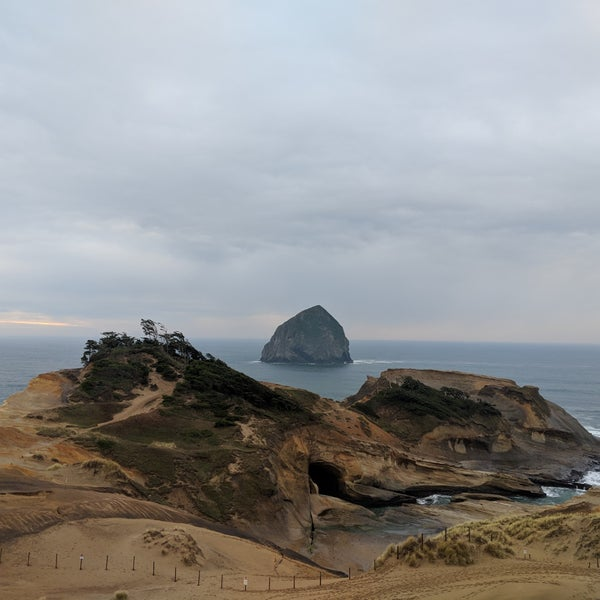 Pacific City Beach House Rentals: Pacific City Giant Sand Dune