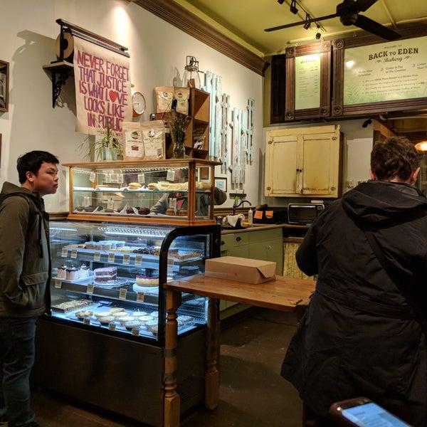2/24/2018にMarc T.がBack to Eden Bakeryで撮った写真