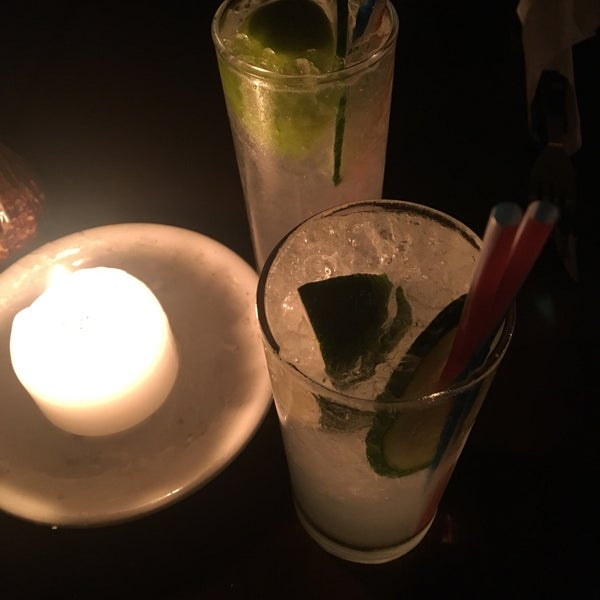 Soho-ho is a beaut cocktail. I had the speciality pizza of the day, good service, and a great vibe.