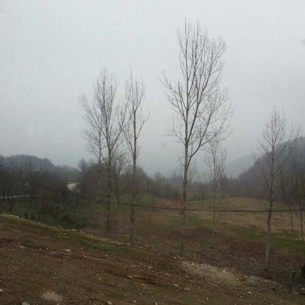 รูปภาพถ่ายที่ Cafer Usta Bolu Dağı Et Mangal โดย Genco Ç. เมื่อ 3/3/2013