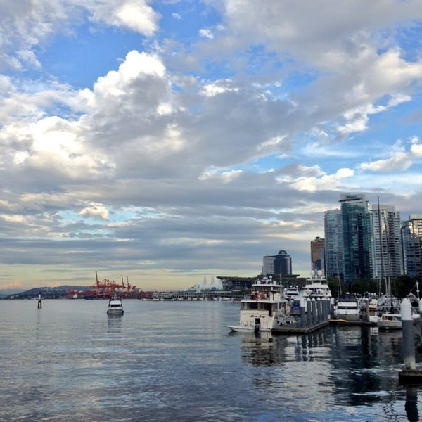 Vancouver Harbour: Coal Harbour Marina