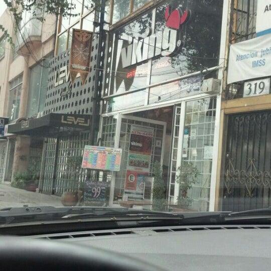 Das Foto wurde bei Viking - Arte Café Punto Zero von Jorge M. am 10/13/2012 aufgenommen