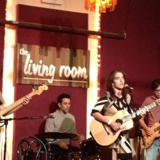 Снимок сделан в The Living Room пользователем maria 12/19/2012