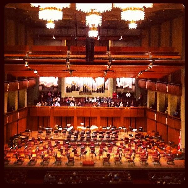 12/5/2012 tarihinde Isa L.ziyaretçi tarafından The John F. Kennedy Center for the Performing Arts'de çekilen fotoğraf