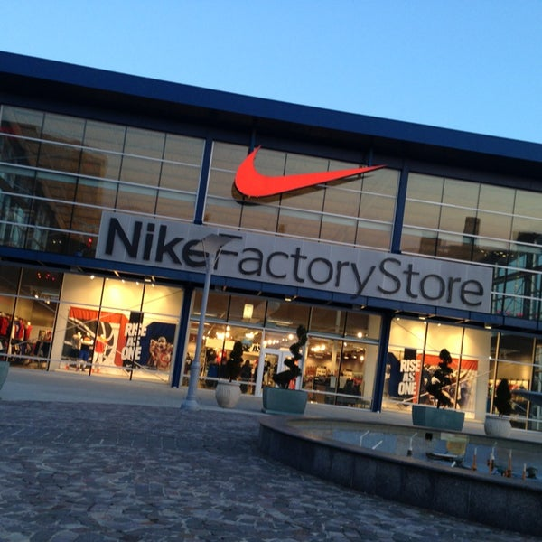 9a08d4412ab2d Photos at Nike Factory Store - Sporting Goods Shop in Atlantic City