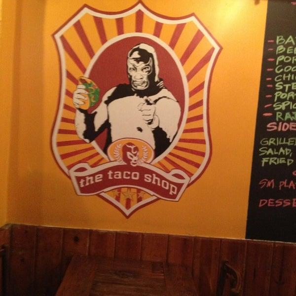 Photo prise au The Taco Shop par Marc R. le2/20/2013