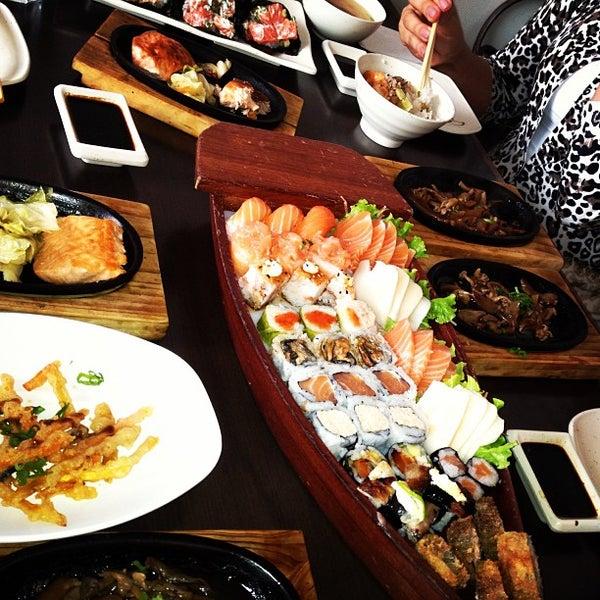 Foto tirada no(a) Kodai Sushi por André S. em 5/22/2013