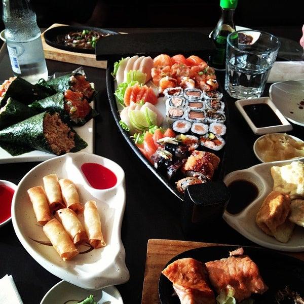 Foto tirada no(a) Kodai Sushi por André S. em 7/7/2013