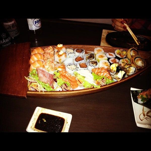 Foto tirada no(a) Kodai Sushi por André S. em 11/7/2012