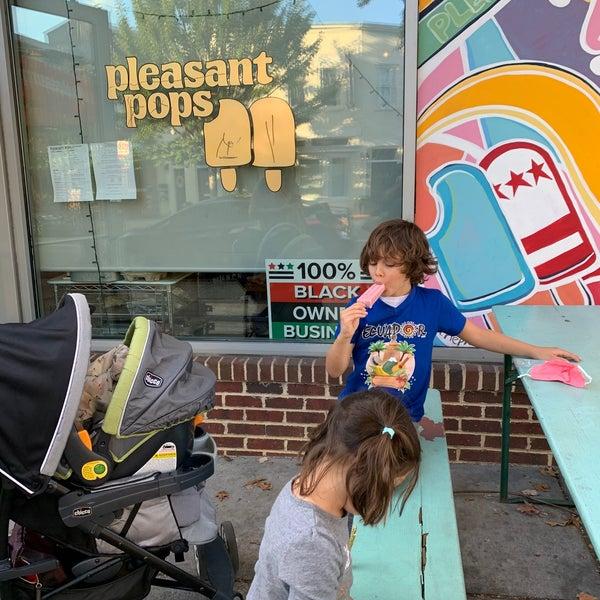 Foto scattata a Pleasant Pops Farmhouse Market & Cafe da Kurtis S. il 10/6/2020