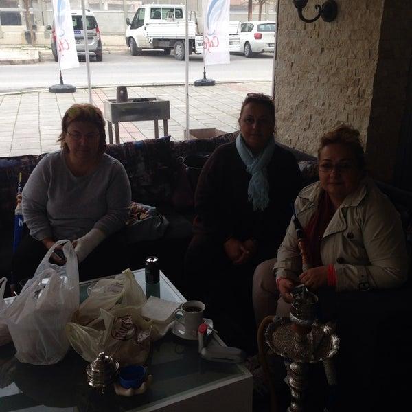 รูปภาพถ่ายที่ Cafe Marpuç โดย Ateş O. เมื่อ 3/7/2014